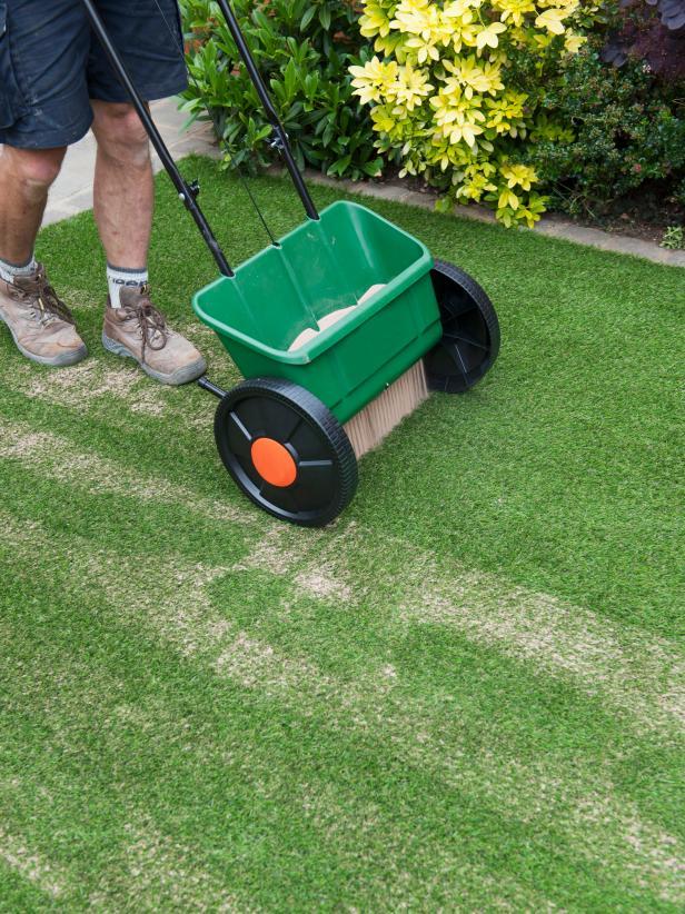 Artificial grass installation how to install artificial grass turf artificial turf installation solutioingenieria Choice Image