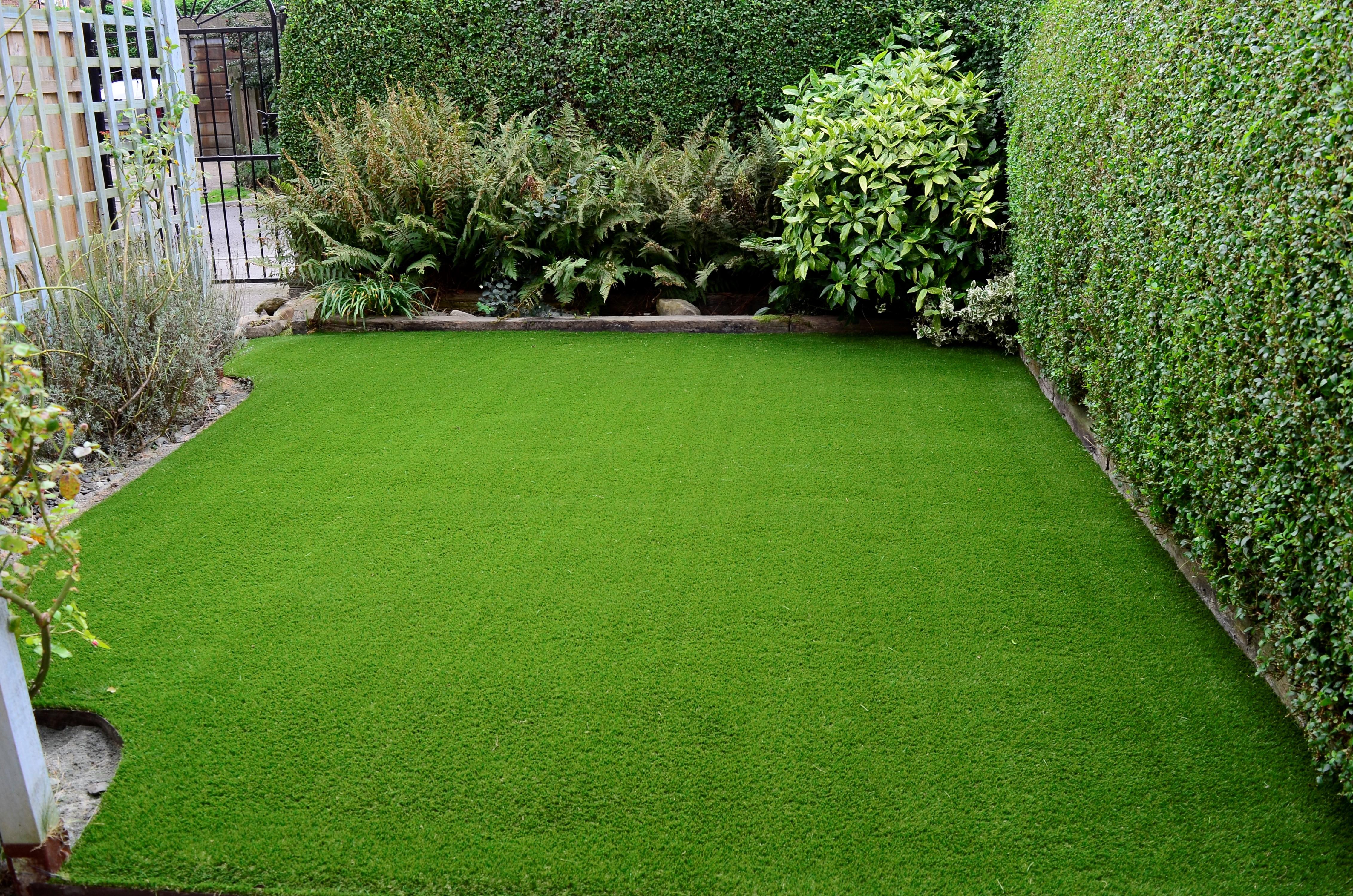 Artificial-Turf-Backyard-2 - Genesis Turf